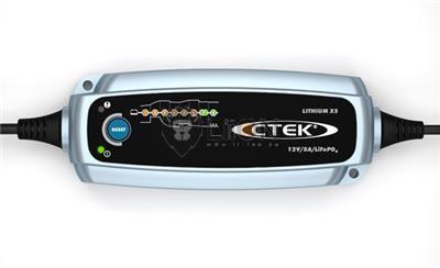 CTEK Lítium  XS akkutöltő 56-899